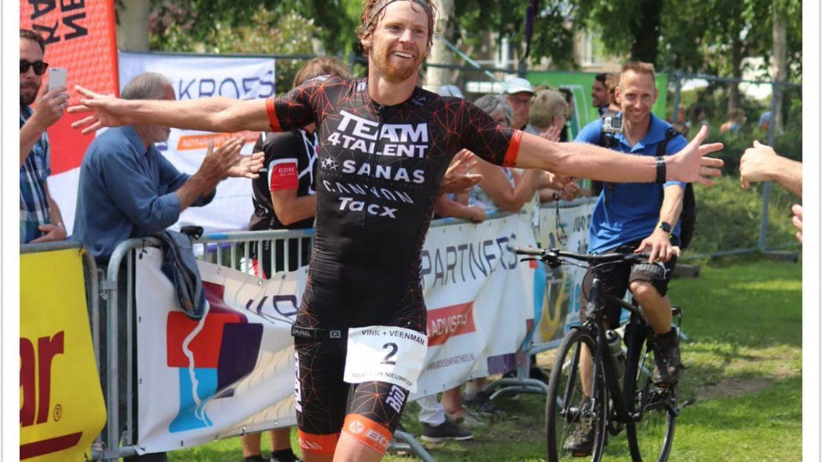 Evert Scheltinga pakt 'eindelijk' Nederlandse titel midden afstand
