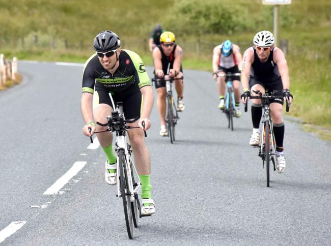 Fietsparcours Ironman UK ingekort met ruim 27 kilometer