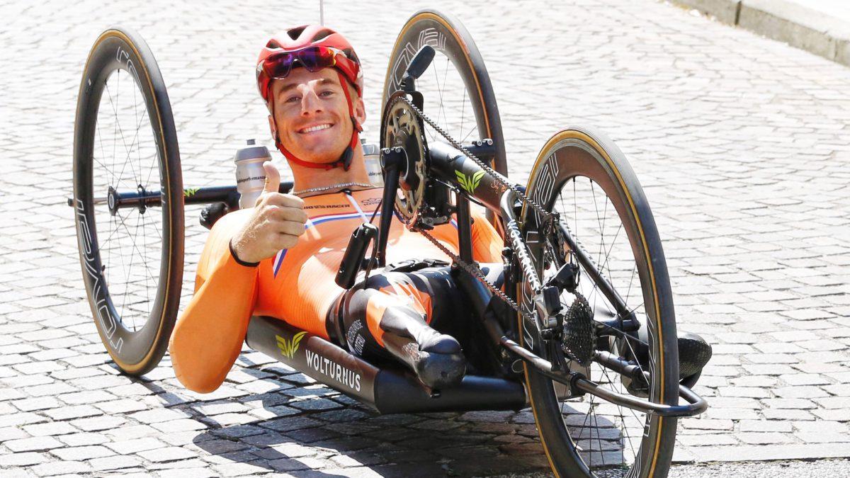 Jetze Plat met overmacht wereldkampioen Paracycling