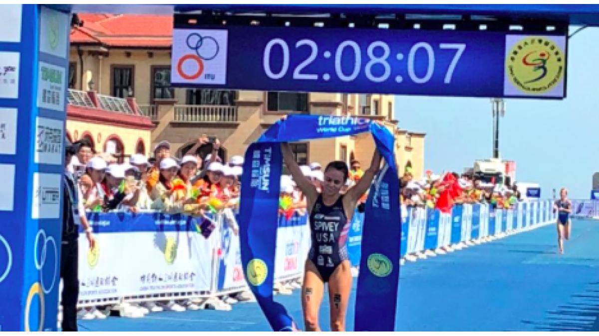 Kirsten Nuyes eindigt als 29e bij ITU World Cup Weihai