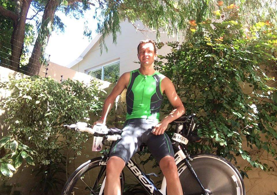 Jason van der Burgt blikt terug op triathlon LA: 'We kwamen niet eens door de branding heen'