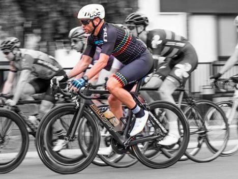 Voormalig profwielrenner en inmiddels triatleet Jonathan Cantwell (36) overleden