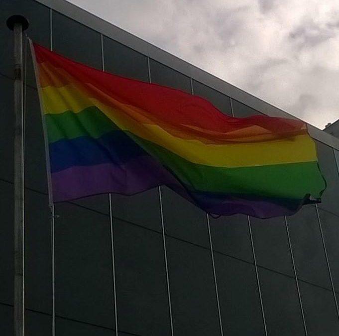 NTB én Challenge Almere-Amsterdam spreken zich uit tegen ITU-verbod op regenboogvlag