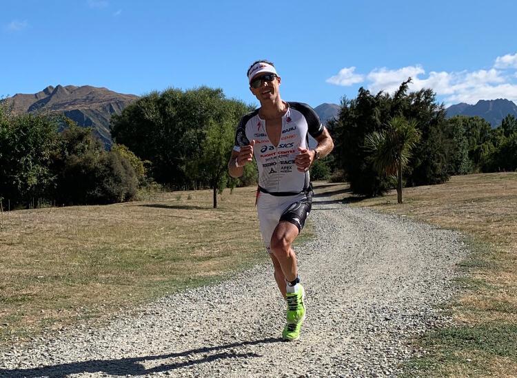 Nieuw-Zeelander Braden Currie pakt winst Challenge Wanaka: looponderdeel zorgt voor beslissing