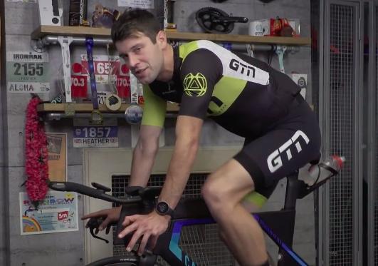 Waarom is indoor fietsen zwaarder?