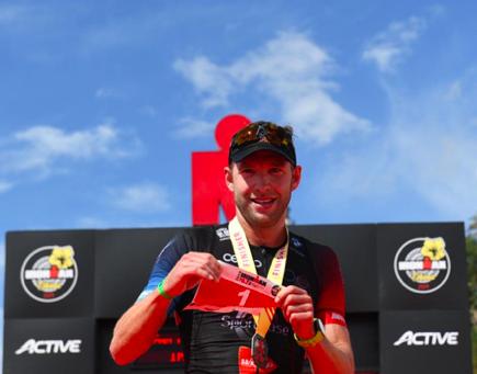 Bart Aernouts en Fenella Langridge sterksten bij Ironman 70.3 Barcelona