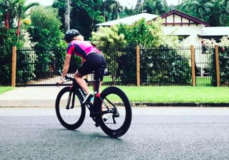 Els Visser pakt vijfde plaats Ironman Cairns, winst voor Teresa Adam