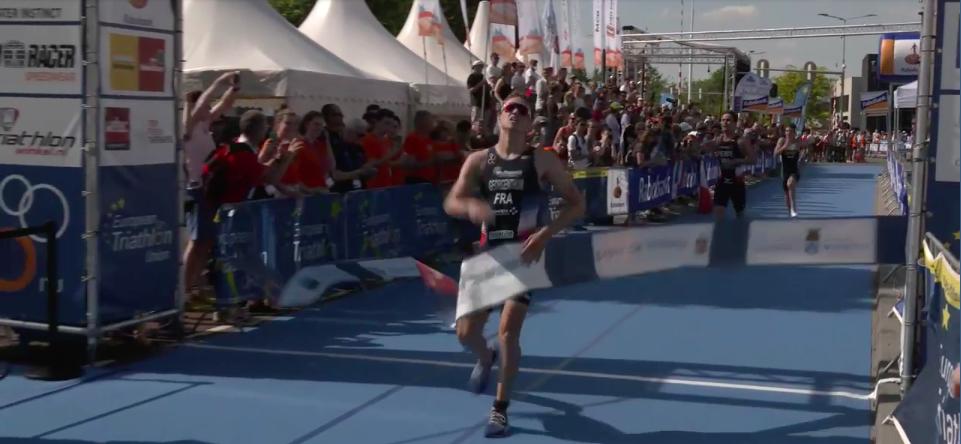 Fransman Paul Georgenthum wint junioren EK Weert, Jesse Cuijpers beste Nederlander