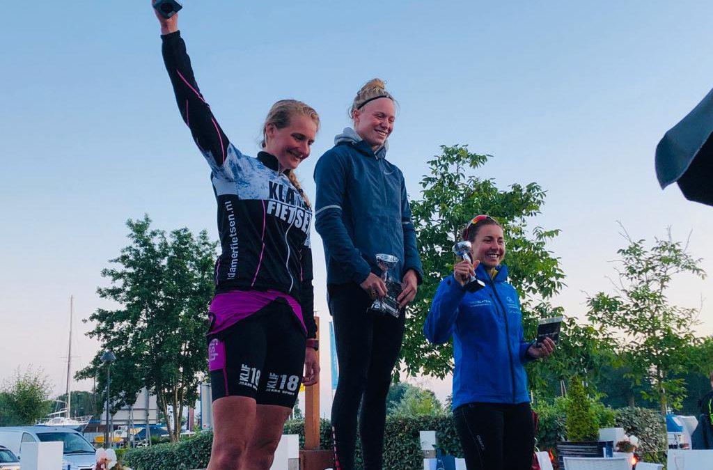 Erik Wolsing en Kim Hittinger triomferen bij Flitstriathlon Nijkerk