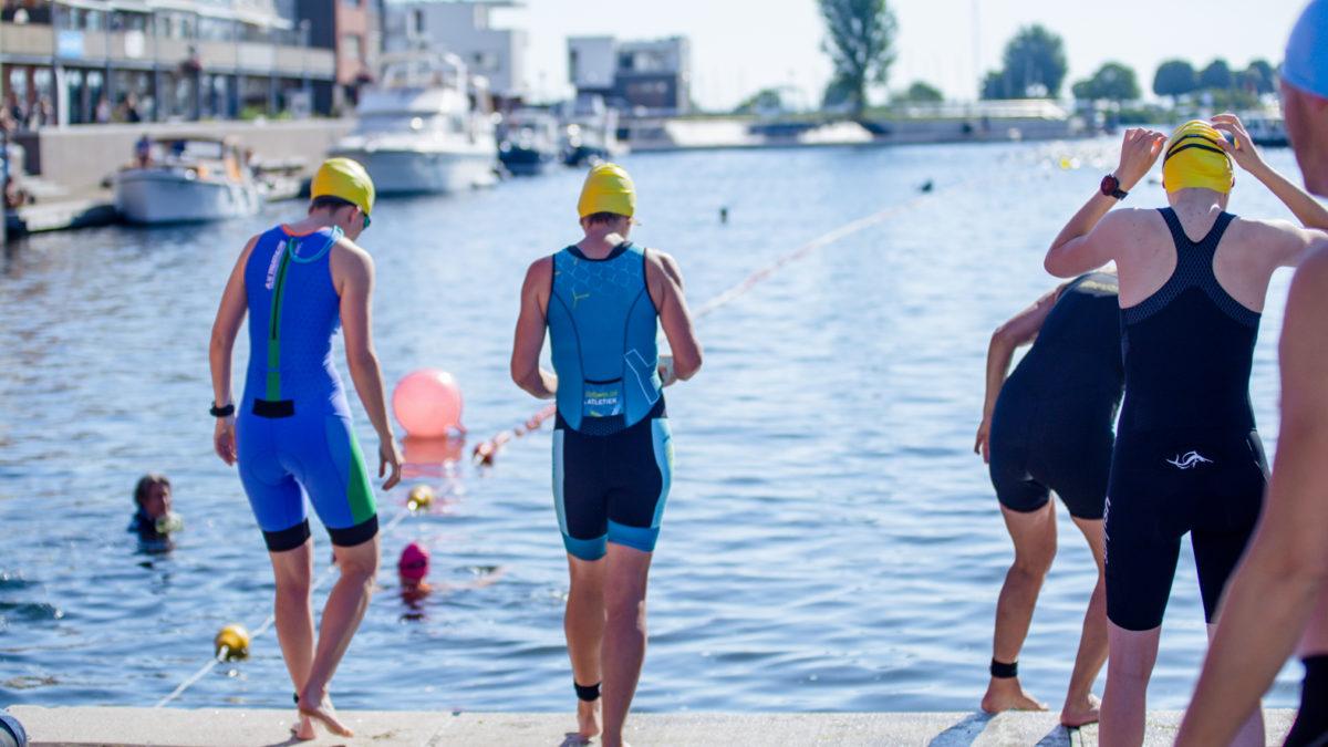 Danny van Dam over snel fietsparcours Triathlon Leiderdorp: 'Volledig afgesloten, kaarsrecht en vlak'