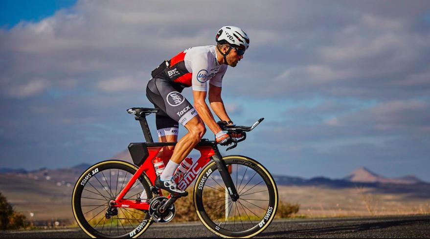 Chris Leiferman trotseert Rocky Mountains en wint bloedstollend spannende Ironman 70.3 Boulder