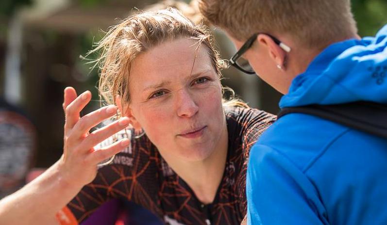 Pleuni Hooijman pakt zevende plaats Ironman Kopenhagen: 9:21:44 in record race Anne Haug