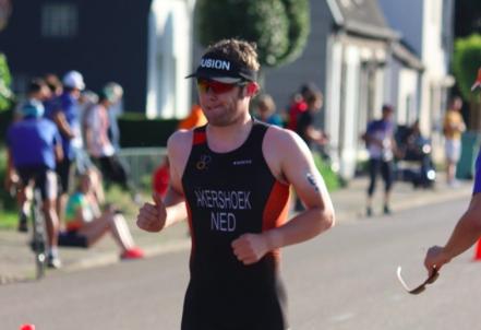 Marco Akershoek 37e bij ETU Cup Hongarije: 'Voor nu ben ik daar tevreden mee'