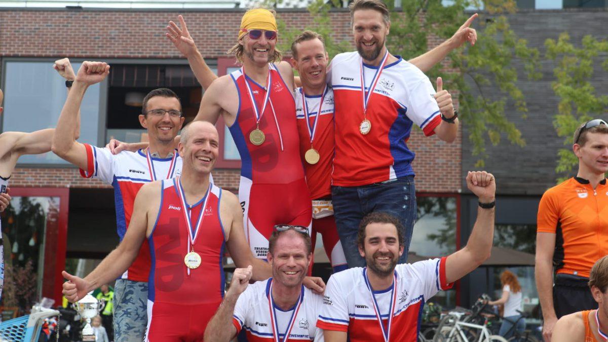 Ferro Mosae en TV Dordrecht 2 maken het af in Amersfoort: kampioenen 3eDivisie Zuid en 4eDivisie Zuid