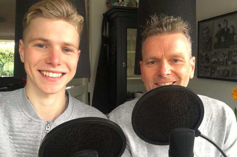 Jorén Kroon start met vader podcast: 'We willen de verhalen van de club brengen'