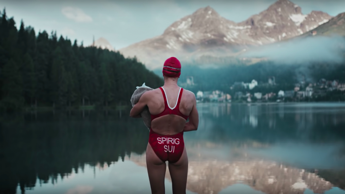 Inspirerend: Superfrau Nicola Spirig over moederschap en triathlon in On campagne