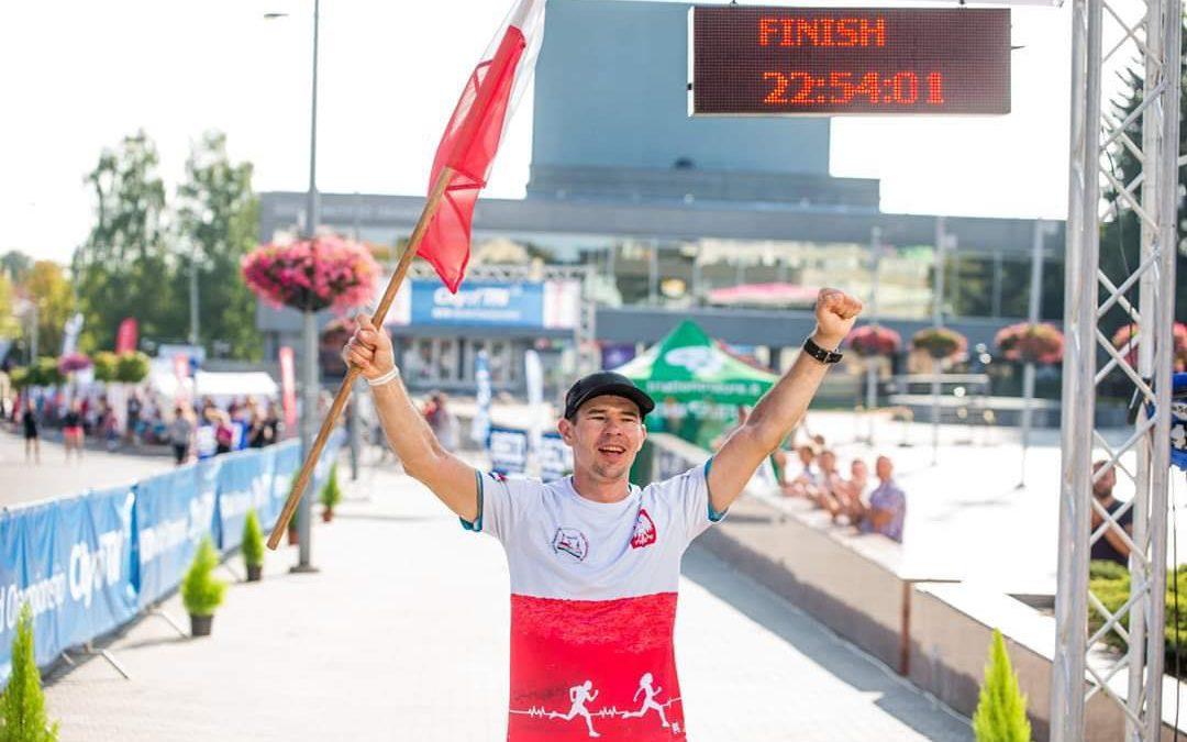 Adrian Kostera maakt zich op voor '100 dagen, 100 triathlons': 'Als je pijn hebt, ga je door'