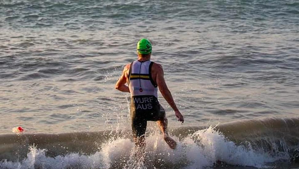 Cameron Wurf ziet af op korte afstand ITU World Cup: 'Getting dropped on the bike'