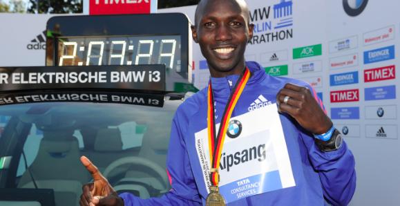Marathonloper Wilson Kipsang geschorst wegens doping