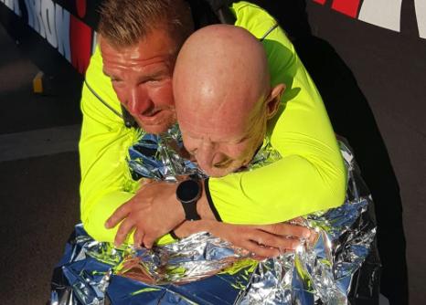Gerard Pijnenburg (67) maakt zich op voor tweede KiKa-deelname Ironman 70.3 Vichy: 'Ik zal die finish halen'