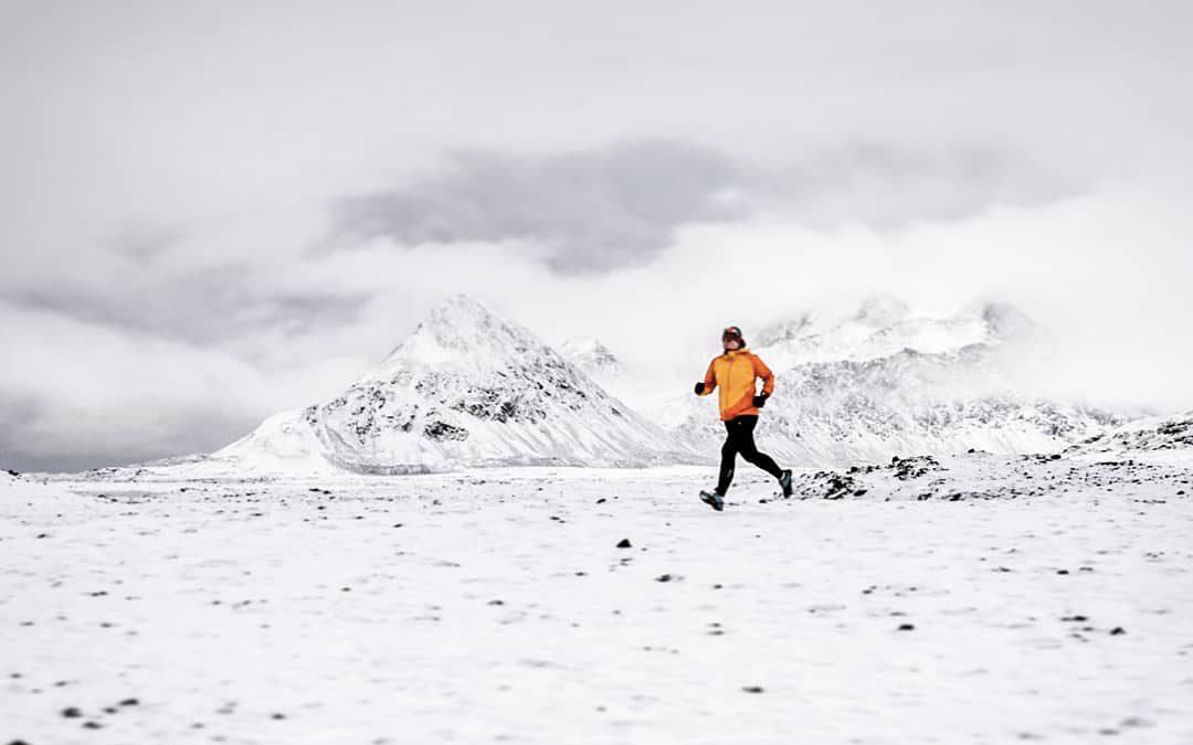 Triatlete Joanna Perchaluk traint tussen de ijsberen rond de poolcirkel