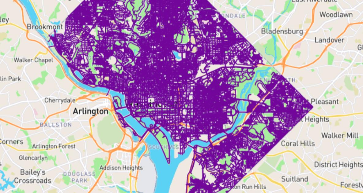 Amerikaan loopt alle straten van Washington DC en geeft duidelijk advies: 'Doe het niet'