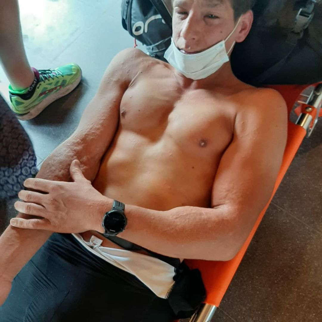 Wespen vallen triatleten aan in La Roche, Nederlandse triatleet naar ziekenhuis