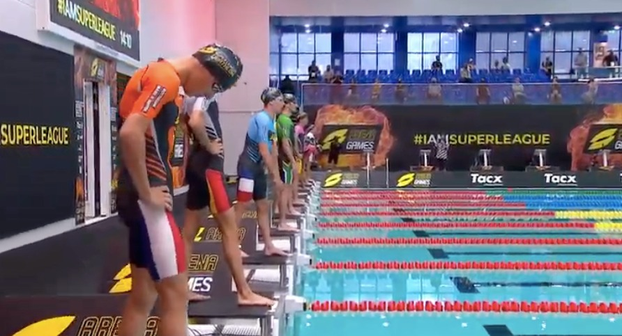 Spannende strijd mannenrace Super Leauge Triathlon, Nederlanders hekkensluiters