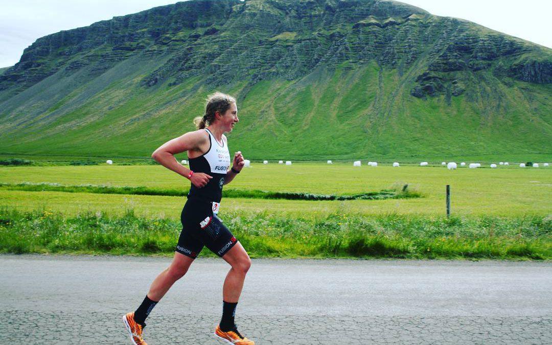 Sarissa de Vries knap vierde in door Justine Mathieux gewonnen Ironman 70.3 Les Sables d'Olonne