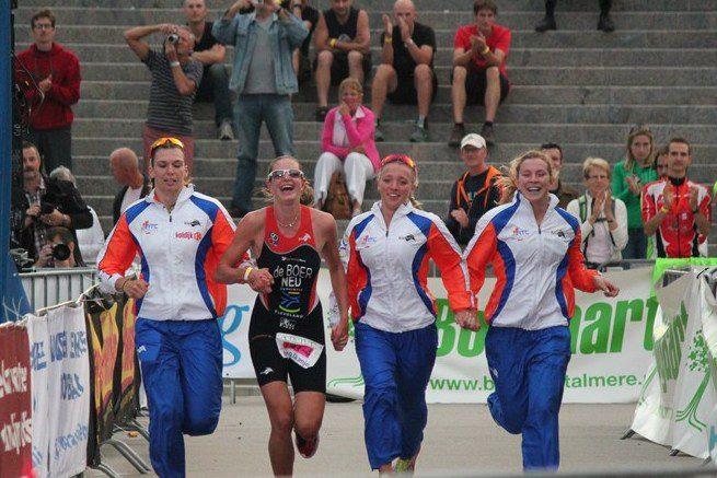 Terugblikken met de meiden van Eredivisieteam Jong Oranje: 'Eén van leukste triathlonjaren'