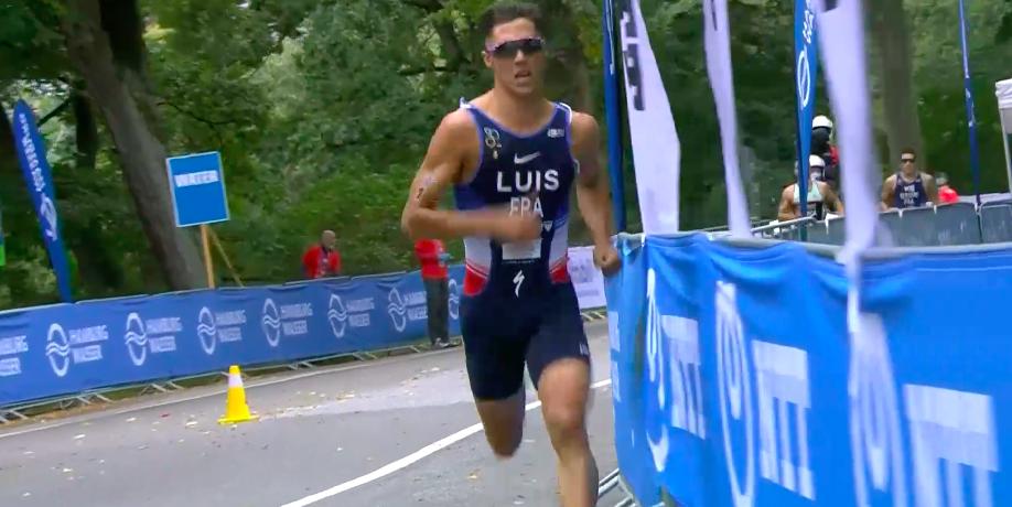Opnieuw geen maat op Vincent Luis, Fransman prolongeert Wereldtitel. Marco van der Stel 41e