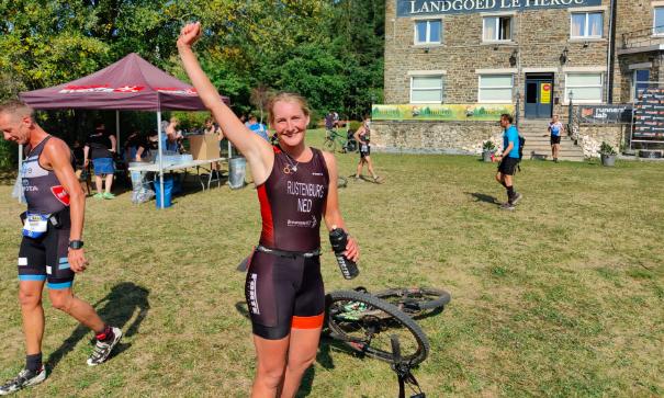 Annemarie Rustenburg wint zware Trinatura Houffaraid: 'Vooral het lopen was pittig'