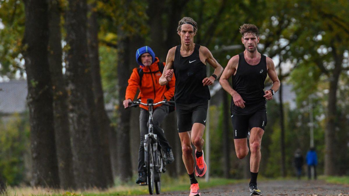 Niels Esmeijer over marathon PR en ongeluk: 'Ik ben mentaal sterker geworden'