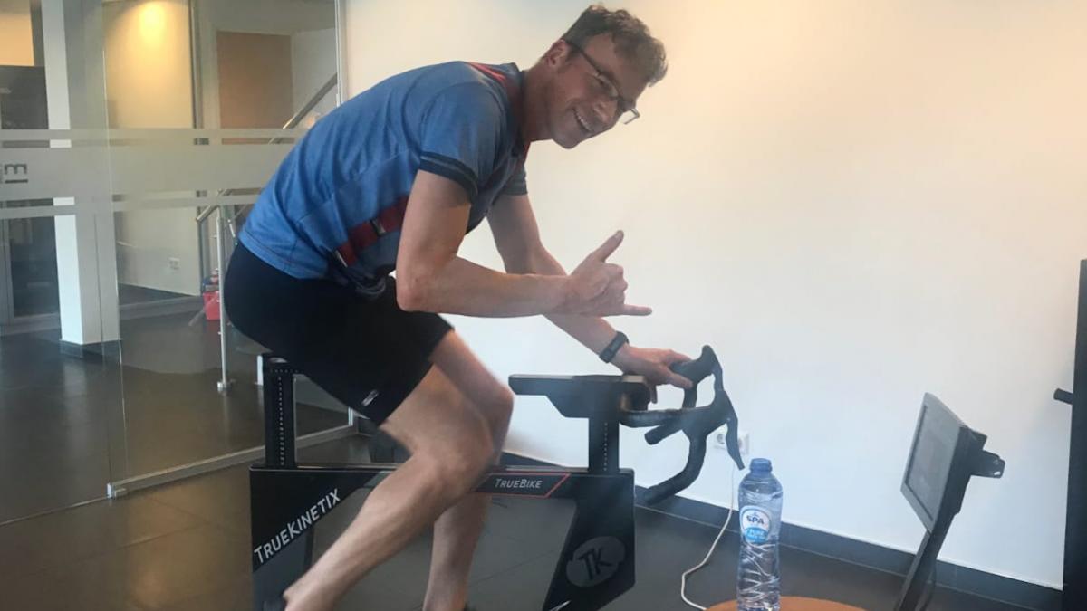 Jan van der Meulen over TrueBike indoortrainer: 'Als je serieus traint, is dit een aanwinst'
