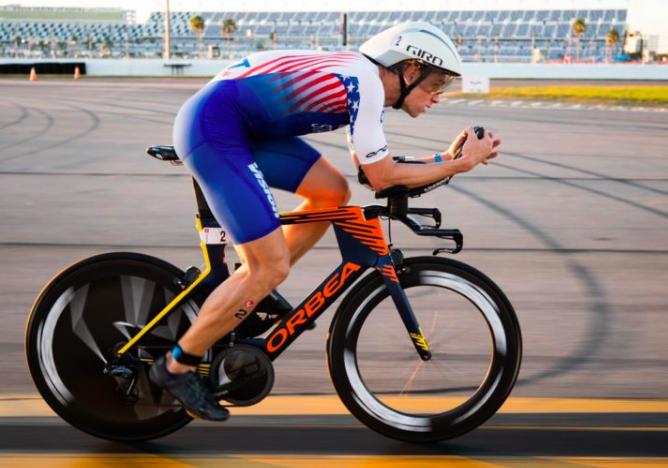 Ironman reageert op 'onjuiste en misleidende' verklaringen Starykowicz over dopingzaak