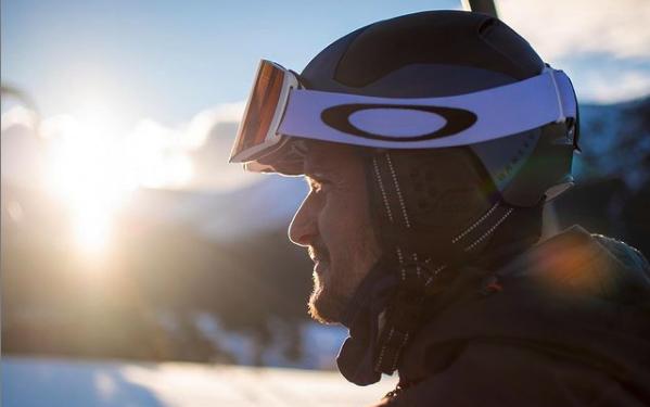 Jan Frodeno viert 'off-season' in de sneeuw: 'Even uit de comfortzone'