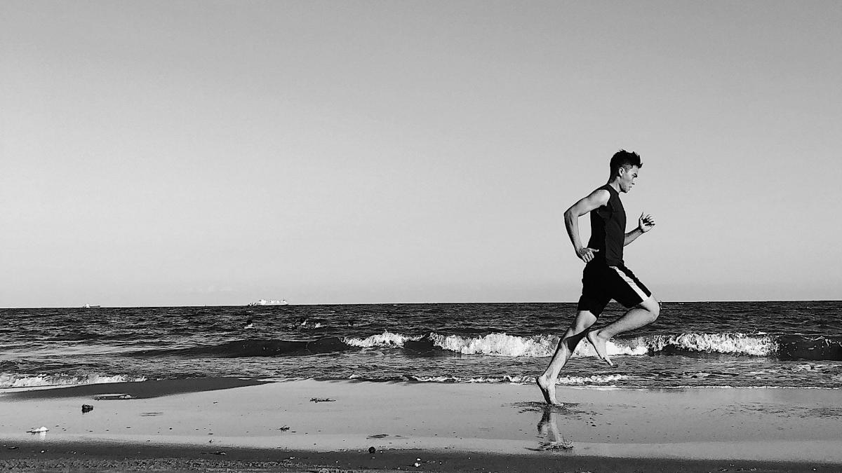 Voorover leunen tijdens het hardlopen: goed of beter van niet?