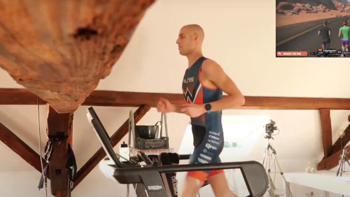 Fenomenale Maarten van der Weijden finisht ThuisTriathlon in droomtijd