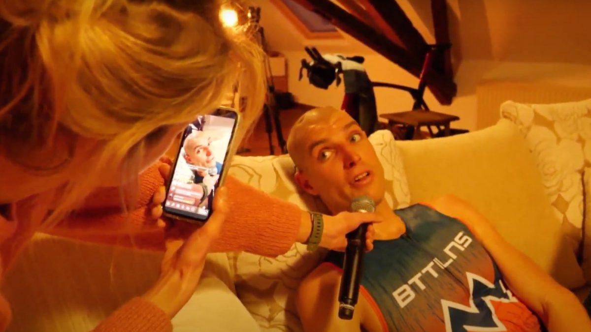 Maarten van der Weijden moe maar voldaan na ThuisTriathlon: 'Mooi dat we dit samen hebben gedaan'