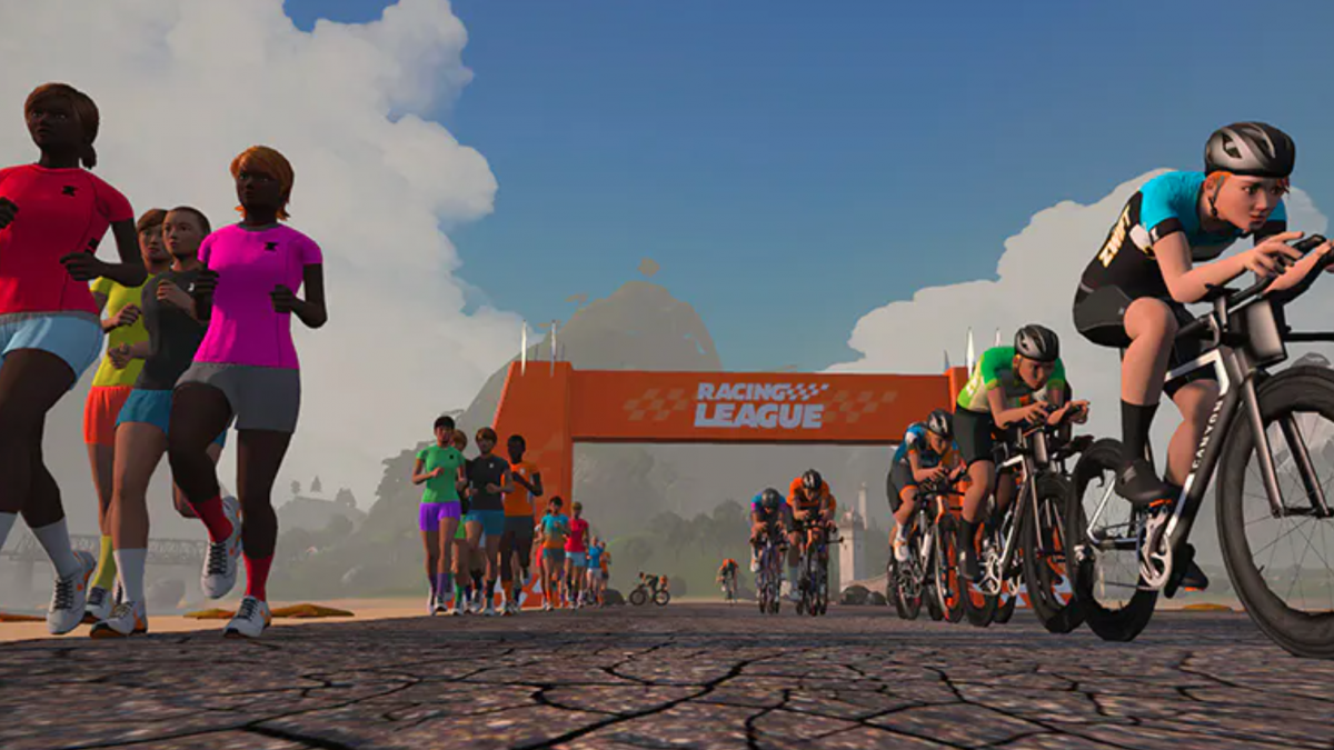 Kijk nu live: Zwift Pro Tri Race Series 3 / race 3
