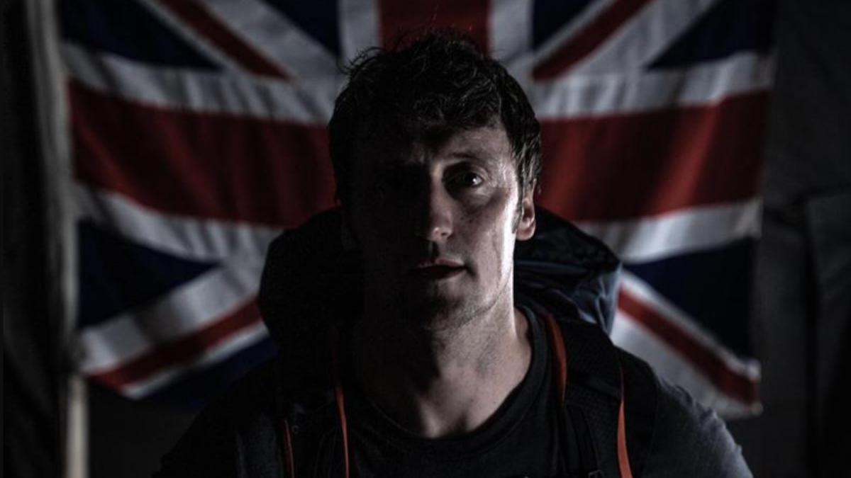 Voormalig soldaat Darren Hardy volbracht 10 triathlons om aandacht te vragen voor PTSS