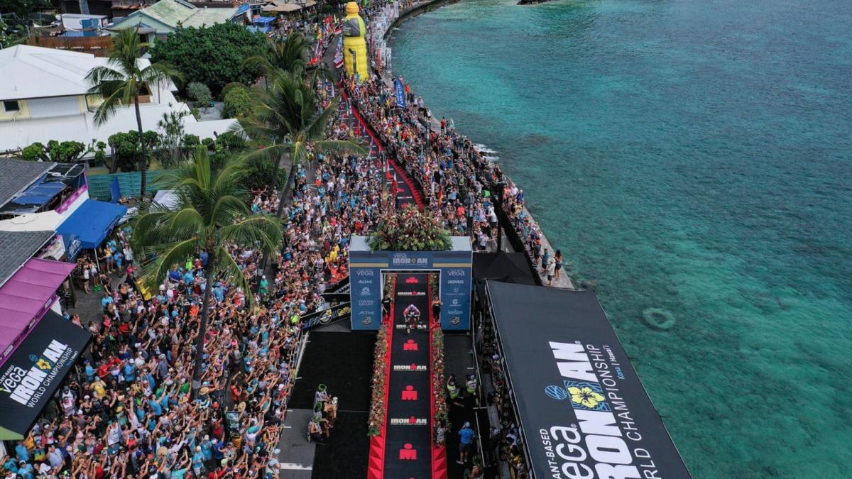 Ironman kondigt 'grootse aankondiging' Kona aan, atleten verontwaardigd na slechts sponsorboodschap