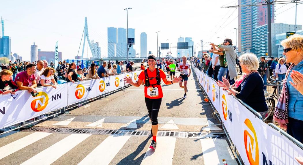 Hoka One One sluit samenwerking met NN Marathon Rotterdam: nieuwe sportswear-partner