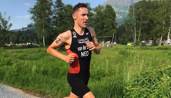Overtuigende Max Studer pakt Europese titel Sprint, Marco van der Stel zakt weg naar 24e plaats