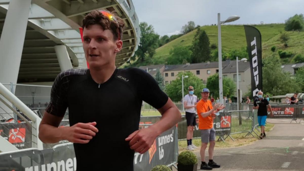 Menno Koolhaas wint The Cave Triathlon, Maaike Telkamp vierde dame
