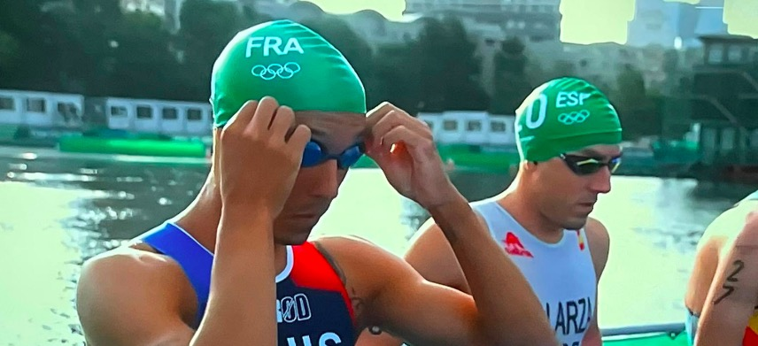 [VIDEO] Dit was wat volledig fout ging bij mannenstart Olympische triathlon