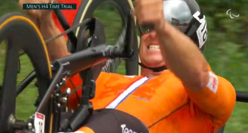 Opnieuw Paralympisch goud voor Jetze Plat: snelste man op wegtijdrit