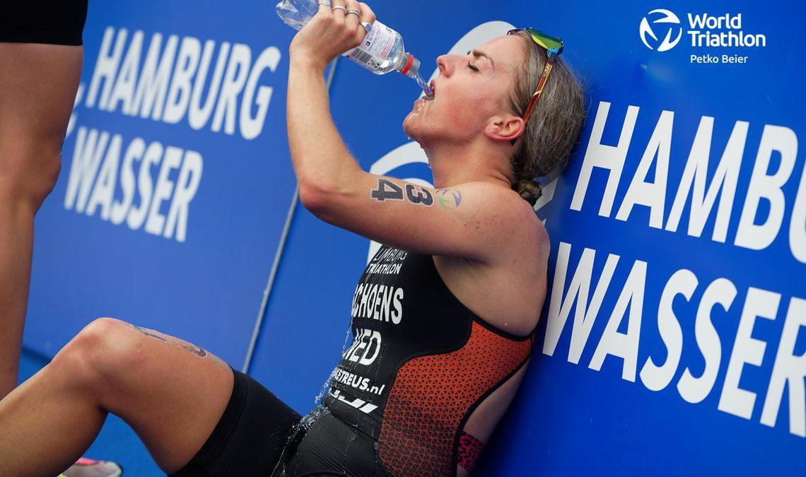 In beeld gevangen: Nederlanders tijdens World Triathlon Championship Series Hamburg
