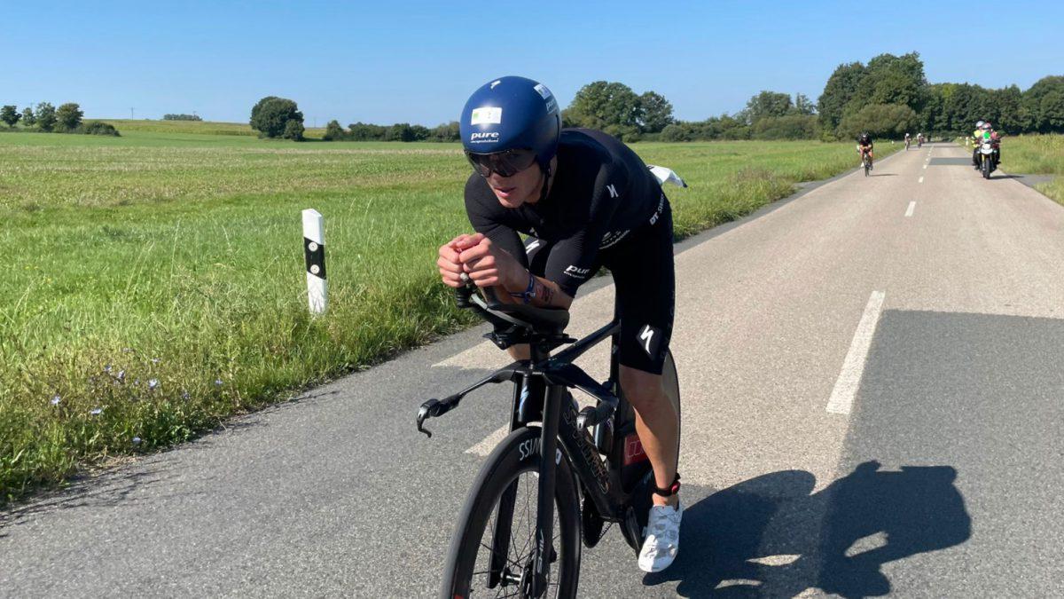 [VIDEO] Ruben Zepuntke domineerde fietsonderdeel Challenge Roth en deelt wattages