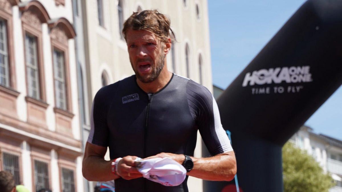Han Peter Lucas en Anne Zijderveld schrijven winst Rutbeek Triathlon op hun naam